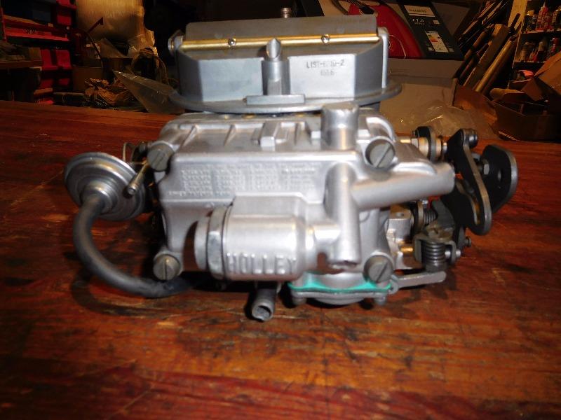 Holley650dbpumpspreadbore3200kr1.JPG